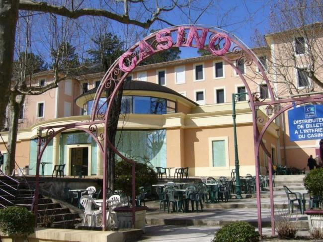 Casino thermes fumades