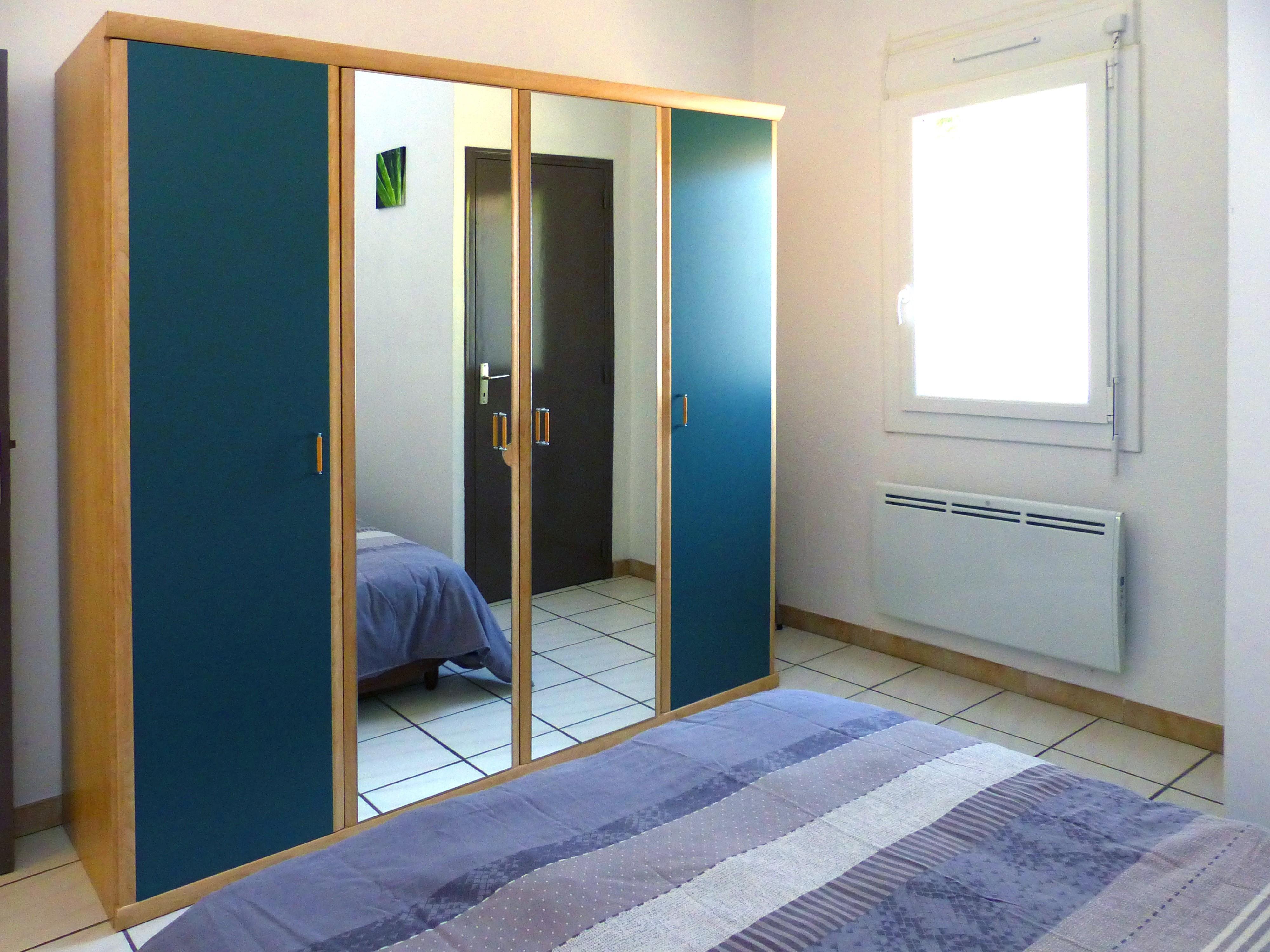 Coté 1ere chambre Appart n°6 - 2 chambres au 1er étage
